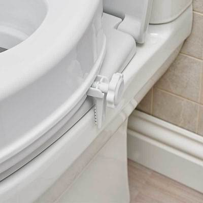 Reach 4in Toilet Seat with Lid