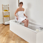 Saturn Swivelling Bath Chair